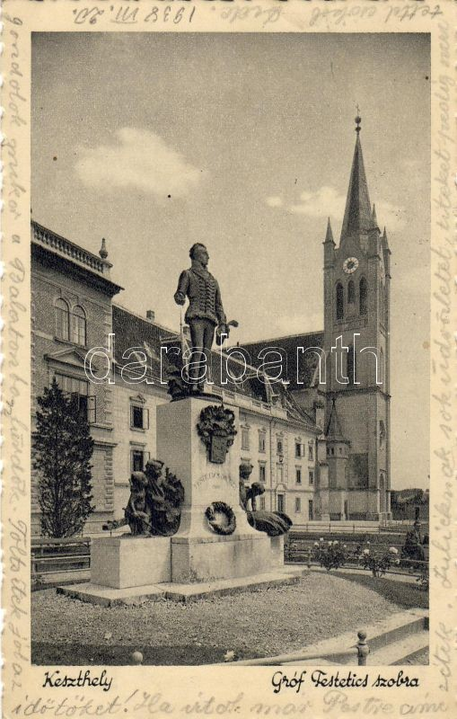 Keszthely, Gróf Festetics szobor