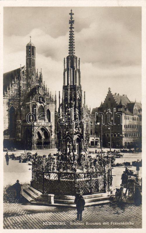 Nürnberg, Schönet Brunnen, Frauenkirche / fountain, church