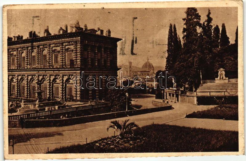 Firenze, Florence; Piazza Pitti e Giardino Boboli / Pitti Square and Boboli Gardens