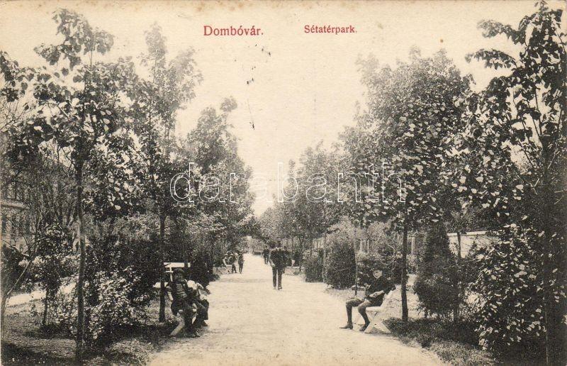 Dombóvár, Séta tér park