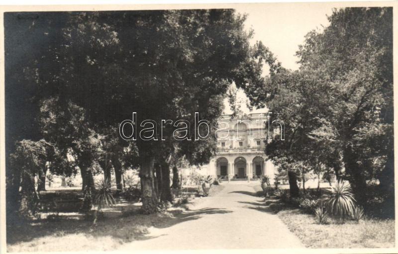 Frascati, Villa Falconieri, Giardino