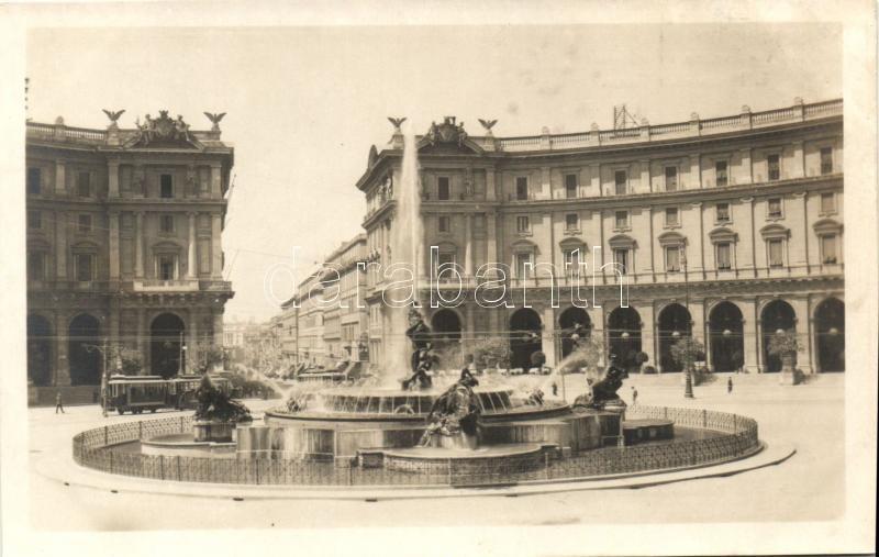 Rome, Roma; Fontana delle Naiadi, Piazza delle Terme / fountain, square, tram