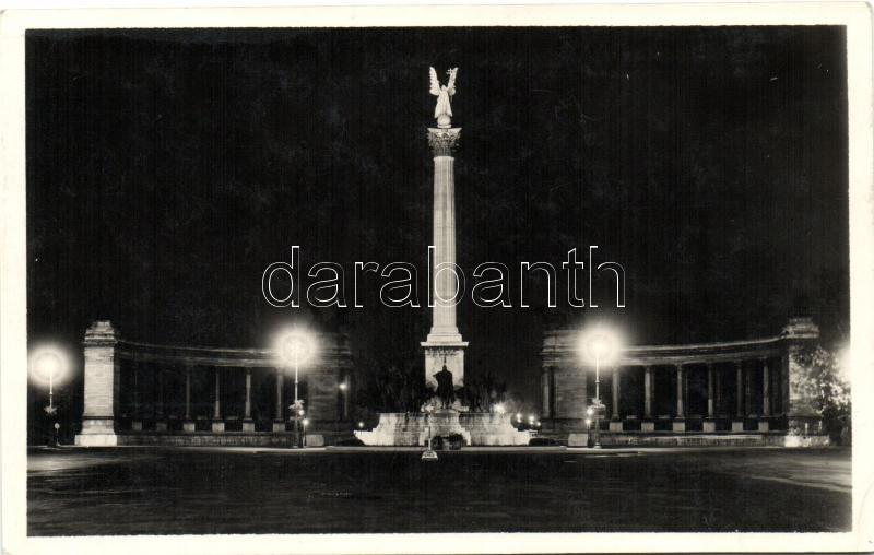 Budapest XIV. Milleniumi emlékmű este