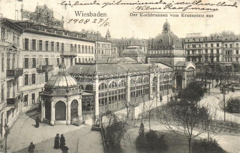 Wiesbaden, Der Kochbrunnen vom Kranzplatz aus / fountaun, square