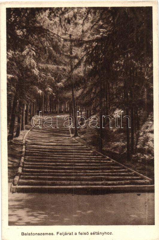 Balatonszemes, Feljárat a felső sétányhoz