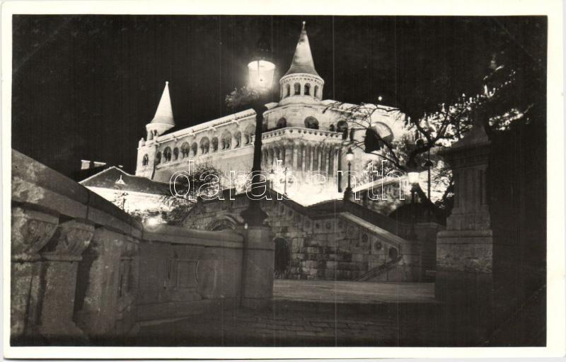 Budapest I. Halászbástya, este