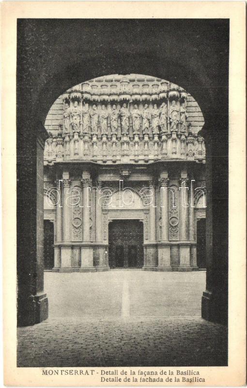 Montserrat, Detall de la facana de la Basilica