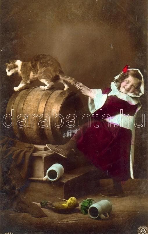 Girl with cat, Kislány macskával