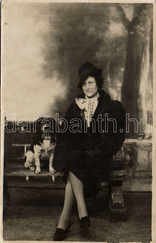 Lady with dog, photo, Hölgy kutyával, fotó
