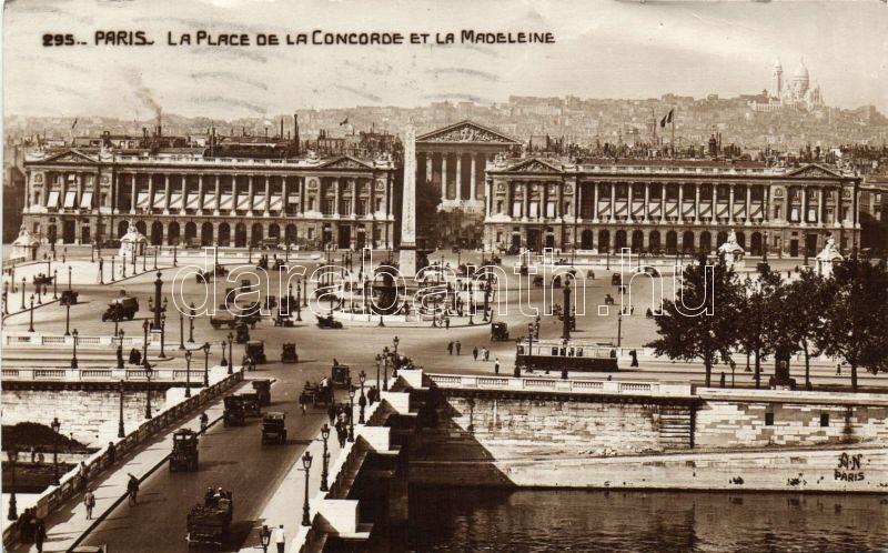 Paris, La Place de la Concorde, La Madeleine / square, automobile, tram, truck