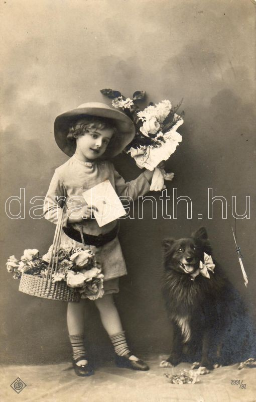 Girl with dog, Kislány kutyával