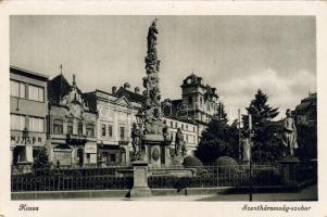 Kassa, Kosice; Szentháromság szobor, Vitéz üzlete, Kassa, Kosice; statue, shop of Vitéz