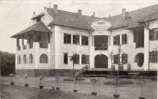 Balatonkenese, Székesfővárosi alkalmazottak üdülőtelepe, szálloda