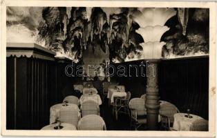Budapest, Cseppkő barlang belső étterem