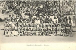 Zagnanado (Dahomey); Orphelinat / orphanage, group of children