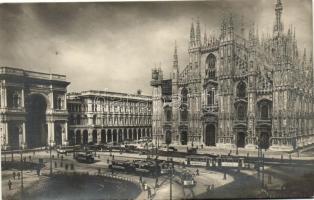 Milan, Milano; Piazza Duomo