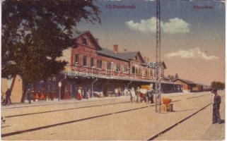 Újdombóvár, Dombóvár, Vasútállomás