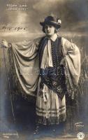Fedék Sári