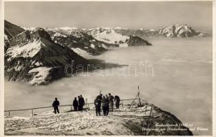 Fronalpstock, Niederbauen, Pilatus, Nebelmeer / mountains, Sea of Fog, hikers