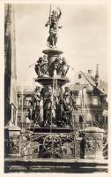 Nürnberg, Tugendbrunnen / fountain