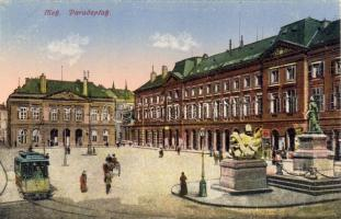 Metz, Paradeplatz / square, tram