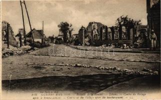 Lihons, ruins of the village center after the bombardment, World War I, from postcard booklet, Lihons, a faluközpont romjai a bombázás után, I. világháború, képeslap füzetből