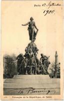 Paris, Triomphe de la Republique, de Dalou / statue