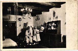 Hungarian room interior, folklore, Magyar szoba belseje