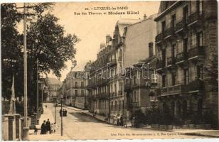 Luxeuil-les-Bains, Rue des Thermes, Modern Hotel / street
