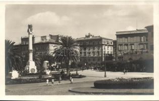 Frascati, Piazza Roma, Monumento ai Caduti