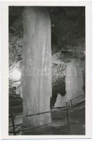 Dobsina, ice cave interior, altar and fountain, Dobsina, Jégbarlang, oltár és kút, belső