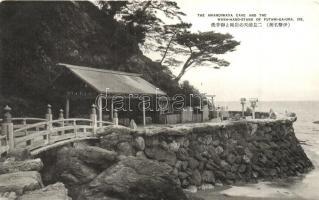 Ise, The Amanoiwaya cave and the Wash-Hand-Stand of Futami-Ga-Ura