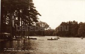 Paris, Le Grand Lac du Bois de Boulogne, boats