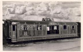 Relic of Saint Stephen I, train, anniversary, Az országjáró Szent Jobb aranyvonata, Szent István Jubileumi év 1938